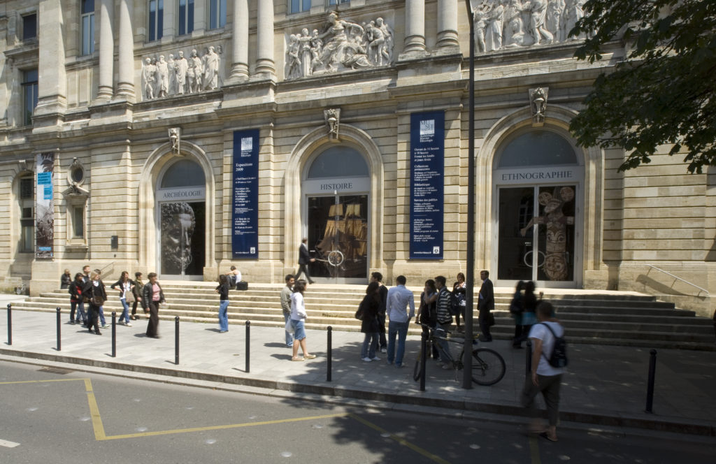 Musée d'Aquitaine de Bordeau - photo extérieur Lysiane Gauthier